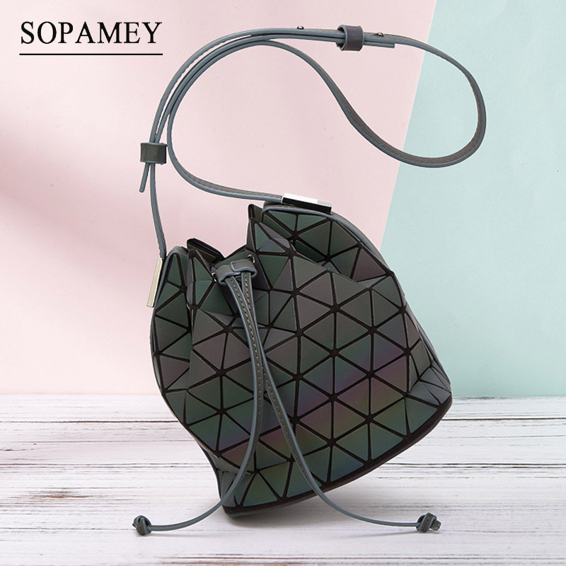 2017 New Bao Bao bag Women Luminous sac baobao Bag Diamond Tote Geometry Bucket Shoulder Bags Laser Plain Folding Handbags bolso<br>