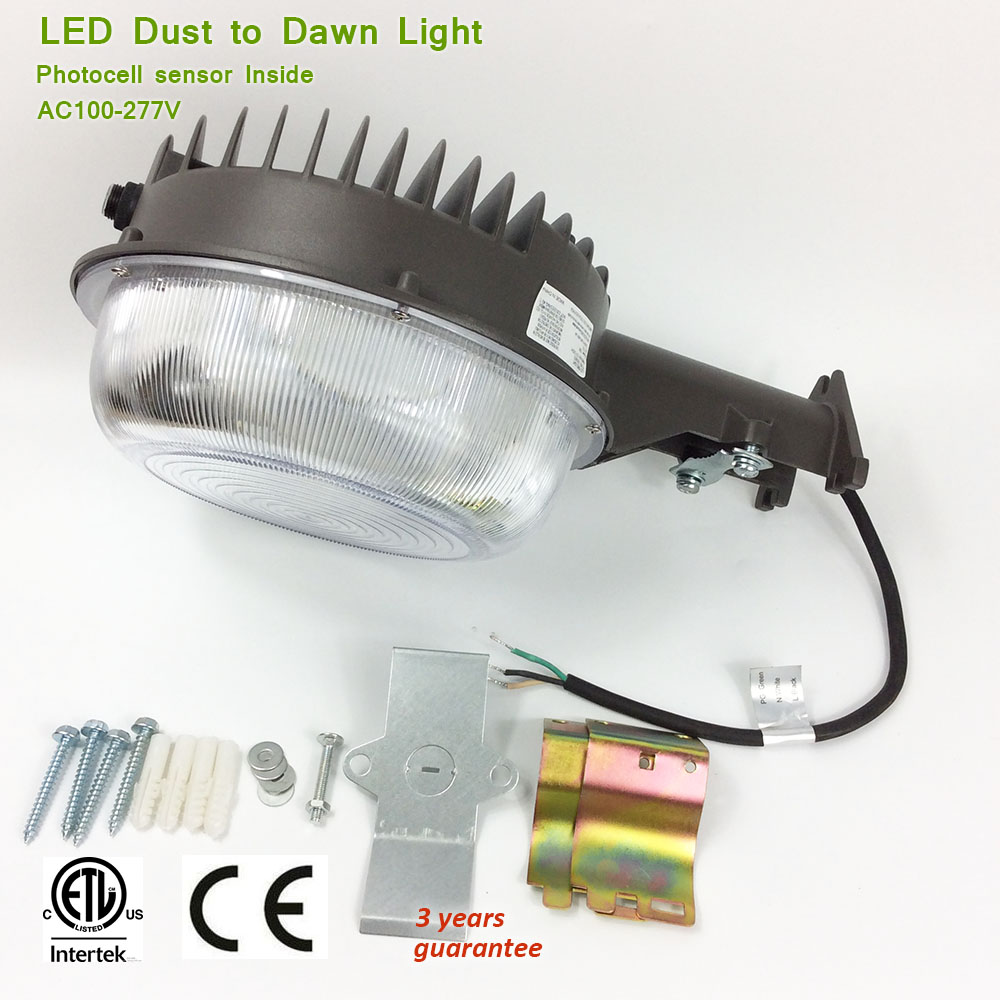 85-277V ETL CE 50w 70w LED Dusk to Dawn Lamp, Photocell Sensor Control Outdoor Yard Light IP65 Security Street Light(China (Mainland))