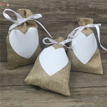 9x14cm 50pcs Vintage Natural Burlap Hessia Gift Candy Bags Wedding Party Favor Gift Box Pouch Jute Love Heart Gift Bags Wedding