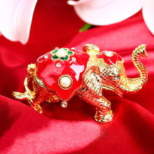 2016 Vintage Metal  Elephant Figurine Jewelry Ring Stand Display Trinket Box Wedding Souvenirs Christmas Gift Carved Alloy Box