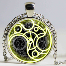 Steampunk UK drama doctor dr who tardis time vintage Necklace bronze silver Pendant jewelry pocket chain mens man(China)