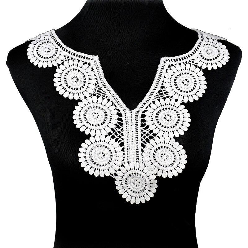 4 x vintage L Blanc//Noir Dentelle Motifs Appliques Patches À faire soi-même Dress Making