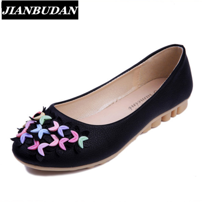 JIANBUDAN Women casual flat shoes 2017 new Artificial leather Peas shoes, low-cut flowers woman flat shoes Light and comfortable<br><br>Aliexpress