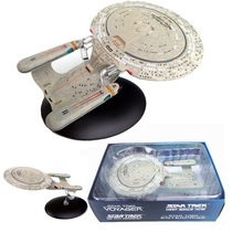 Model of STAR TREK SpaceCraft USS Enterprise NCC-1701-D