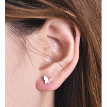Fashion jewelry New Cute Butterfly Earrings for Women Gold Silver Animal studs Earrings e011