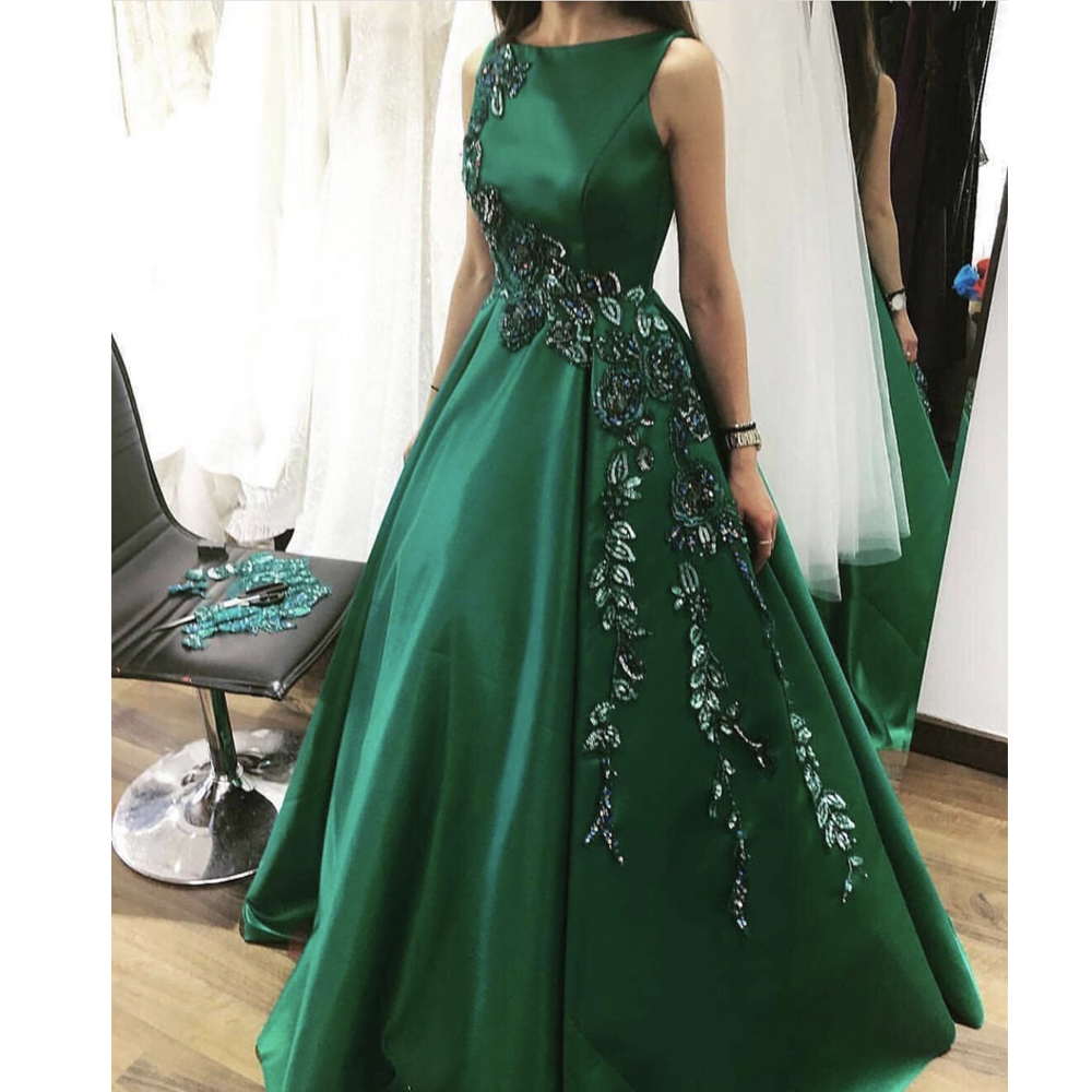 Green Prom Dresses 2019 Lace Appliques Embroidery Flowers A Line Bateau Neckline Satin Floor Length Evening Dresses Gowns
