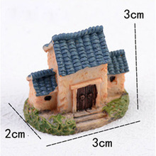 Vintage Three Troofed House Miniature Fairy Garden Home Houses Decoration Mini Craft Micro Landscaping Decor DIY Accessories