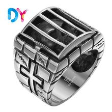 2016 European Fashion ring personality creative non-mainstream explosion models titanium steel jewelry cow devil horn ring