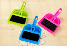 New Litter Sweeper/Scoop Pet Cleaning Tool Plastic Broom sweeping 19.5cm * 13.3cm Dog House Dustpan