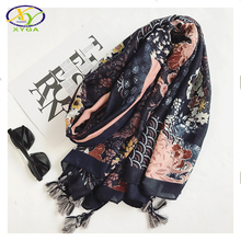 1PC 2017 Autumn New Chinese Style Cotton Flower Printed Women Long Tassels Scarf Woman New Cotton Viscose Big Pashminas Shawl