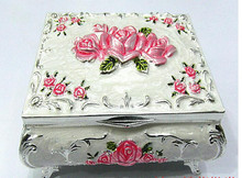 Statue decoration factory outlets Russian high-quality Russia imported porcelain medium Silver Pink Rose jewelry box