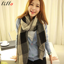 2017 new men and women general couples retro style thin section wool fresh and elegant large grid color scarf warm shawl(China)
