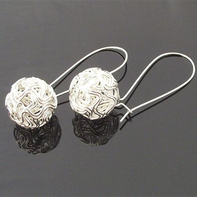es001-Personality-Hollow-Ball-Stud-Earrings-For-Women-Fashion-Jewelry-Brincos-Silver-Plated-Bijoux-HOT-Selling.jpg_640x640