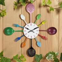 Hot Selling 16Inch Kitchen Wall Clock Fork Spoon Creative Metal Clock Modern Home Decor Quartz Mechanism Special Gift