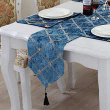 180CM 210CM 250CM Modern Minimalist Three-dimensional Embroidered Table Runners European Style Luxury Cloth Table Mat(China)