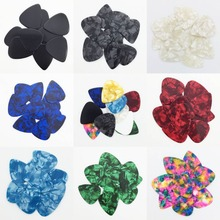 50 pieces 0.96 mm Celluloid Guitar Pick Mediator for Acoustic Electric - 10 Colors Custom(China)