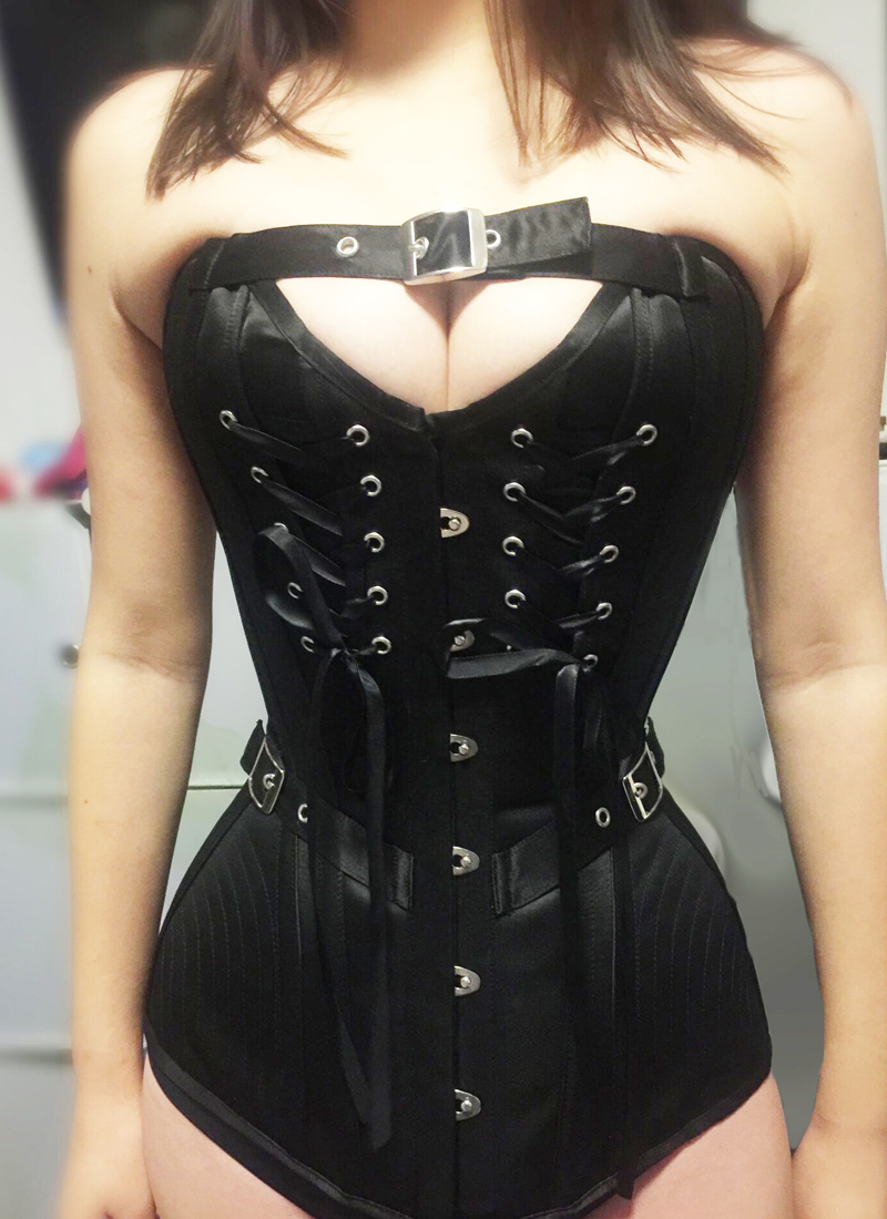 Annzley Black Lacing Overbust Corset  (4)