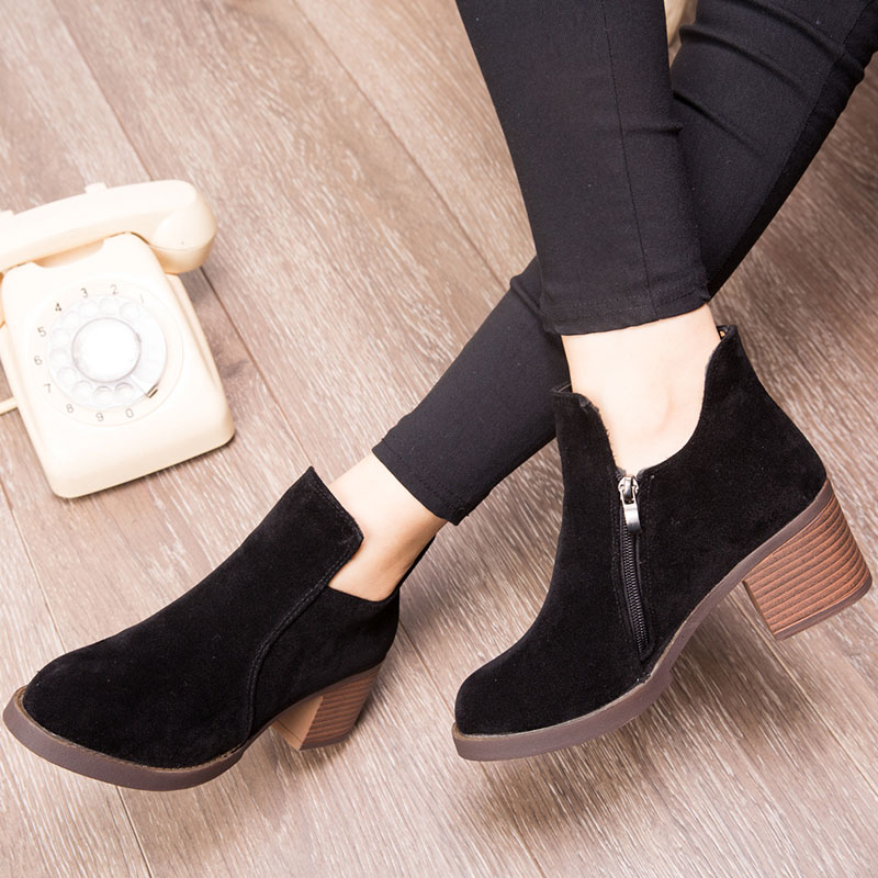 2017 Autumn and Winter Women Boots Winter Ankle Boots Women Warm British Fashion Ankle Martin Boots Inside Plush Shoes 3 Colors<br><br>Aliexpress