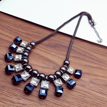 Free shipping Fashion luxury decoration short design accessory crystal pendant female imitation pearl chain choker necklace(China)