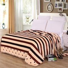 hot sale brand new  black  fleece winter thick warm blanket super soft carpet on the bed throw