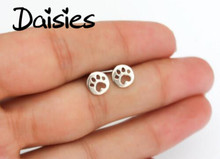 Daisies One Piece Stude Earrings Dog Paw Earrings Print Dye Cut Coin Shaped Animal Earrings For Women