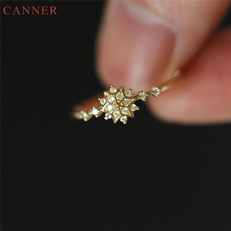 Female Charm Snowflake Rings for Women Chic Dainty Rings Party Delicate Rings Wedding Jewelry Gifts C35