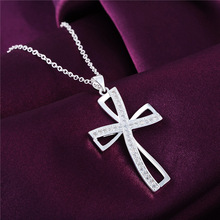 High quality Silver  cross pendant necklace with zircon fashion jewelry factory price Christmas gift