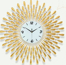 The sitting room, wrought iron wall clock, contemporary and contracted quartz clock, European mute quartz clock