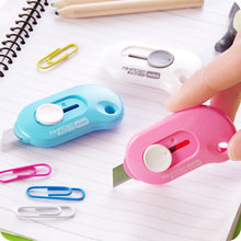 1pcs Office Stationery Small Mini Utility Knife Escolar Paper Cutter Cutting Paper Razor Blade School Supply Color Random