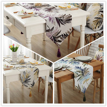 Colored foliage pattern table runner. Beautifully jacquard decorative cloth tablecloths. 3 colors.(China)