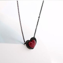 2017 New Fashion Hot Sale Women Heart Necklace Black Red Heart Sahpe Charms Necklaces Chain Cute Jewelry Classic Choker  66N272
