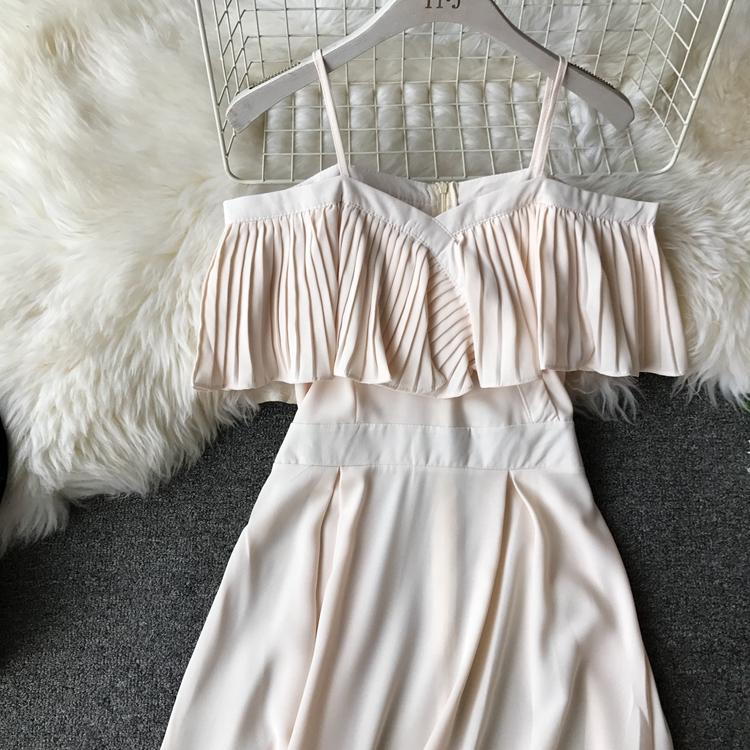 2019 Spring Women Chiffon Pleated Braces Sling Spaghetti Strap Goffer Long Dress Ladies Ruffles Empire Drapped Swing Slip Dress 202