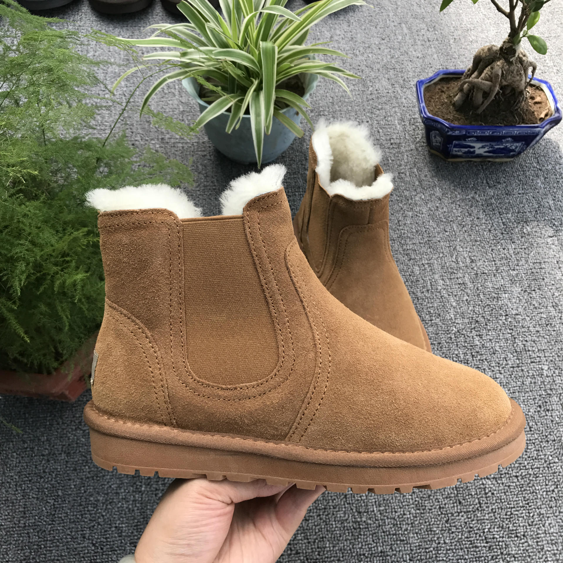 SWYIVY Genuine Leather Chelsea Boots Fur Shoes Natural Wool Fur Warm Winter Boots Shoes 2018 Falts Comfortable Snow Boots Shoes