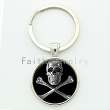 Chrome skull and bones keychain round glass hand made metal jewelry high quality alloy key chain personalized gift KC163