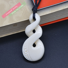 1PC Hot Sale New Zealand Maori Handmade Carved Ox Bone Necklace Infinity Twisted Pendant Womens Mens Hawaii Surfer Style Choker