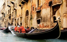 Living room bedroom home wall decoration fabric poster venice italy city canal gondola old building photo