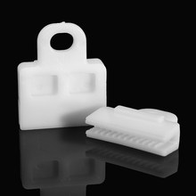 2 Pcs/Set Front Window Door Glass Channel Clip White For Toyota /Corolla /Highlander Auto Fastener & Clip(China)