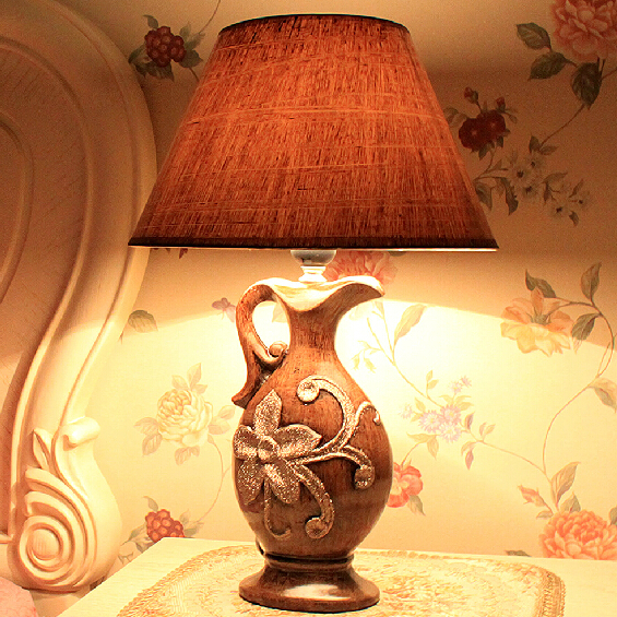 European-style table lamp bedside lamp bedroom lamp living room decorated ceramic retro wedding celebration warm<br><br>Aliexpress