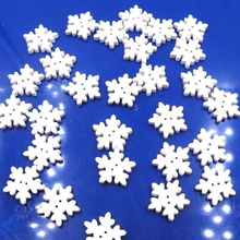 100PCS/1Pack Cute Christmas Craft Sewing Snowflake Buttons White Snow Flake Scrapbook Button Christmas Decoration Supplies