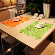 yazi Laser Cut Flower Heat Proof Felt Dining Bar Table Placemats Tableware Pad Party Wedding Decorations