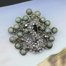 Vintage Fashion Antique Bronze Color Black Tone - Simulated pearl Rhinestone Peacock Brooch Pins For Men Women, Item NO.: CC003