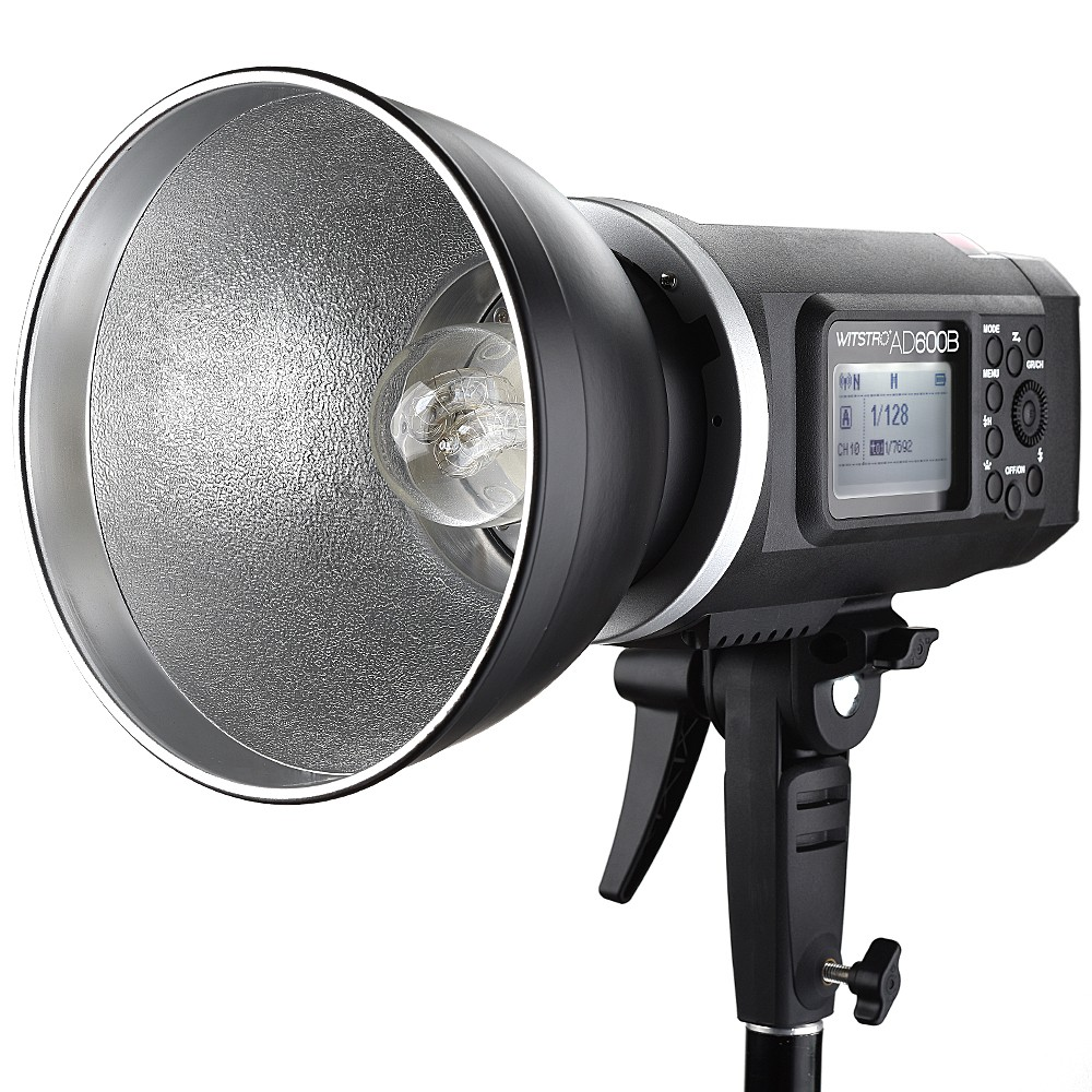Cached Portable strobe light for photography