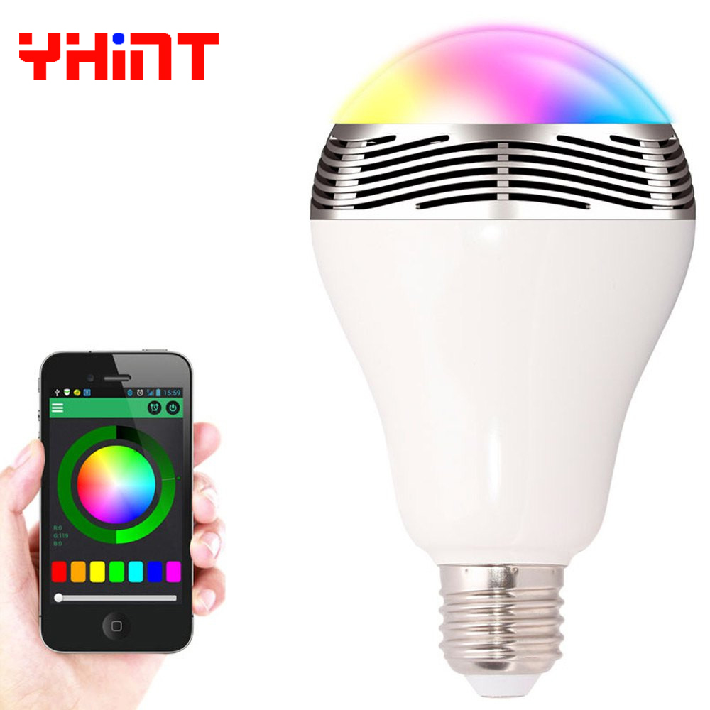 E27 smart RGBW wireless bluetooth speaker bulb music playing dimmable intelligent RGB led bulb lamp with 24keys remote control <br>