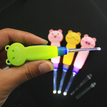 Color Random Earwax With Light Spoon LED Cartoon Baby Care Ears Spoon Digging Luminous Dig Ear Syringe Ear-picker Cleaning Tool(China)