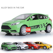 Hot 1:32 scale wheels America FORD focus ST RS shelby diecast sport car alloy pull back toys with light and sound for kids gifts