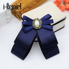 Korean version of the bowknot brooch flowers men and women shirt bow tie college wind collar needle retro ribbon fabric corsage
