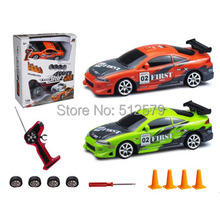 Remote Control Mini Size electric 1:24 high speed 4 wheel drive RC drift Speed Race car with lights(China)