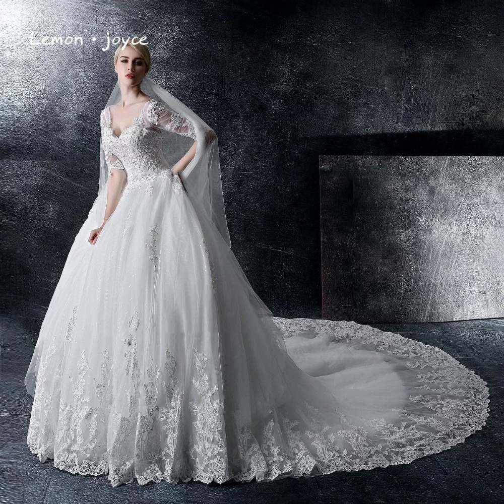 Princess Wedding Dress Bead Lace Luxury V-neck Applique White Half Sleeve Arab Wedding Gowns robe de mariage