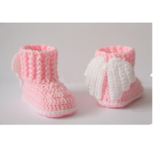 free shipping,Crochet baby booties, baby shoes, winter boots, socks, wings, angel, white, pink, baby shower gift 10Cm 9cm,11cm(China)
