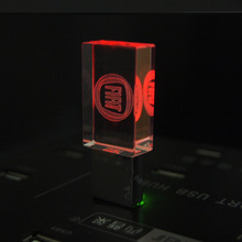 2017 New Crystal USB Flash Drive for FIAT Logo 4GB 8GB 16GB 32GB USB 2.0 Memory Drive Stick Pen/Thumb/Car Gift with LED Light